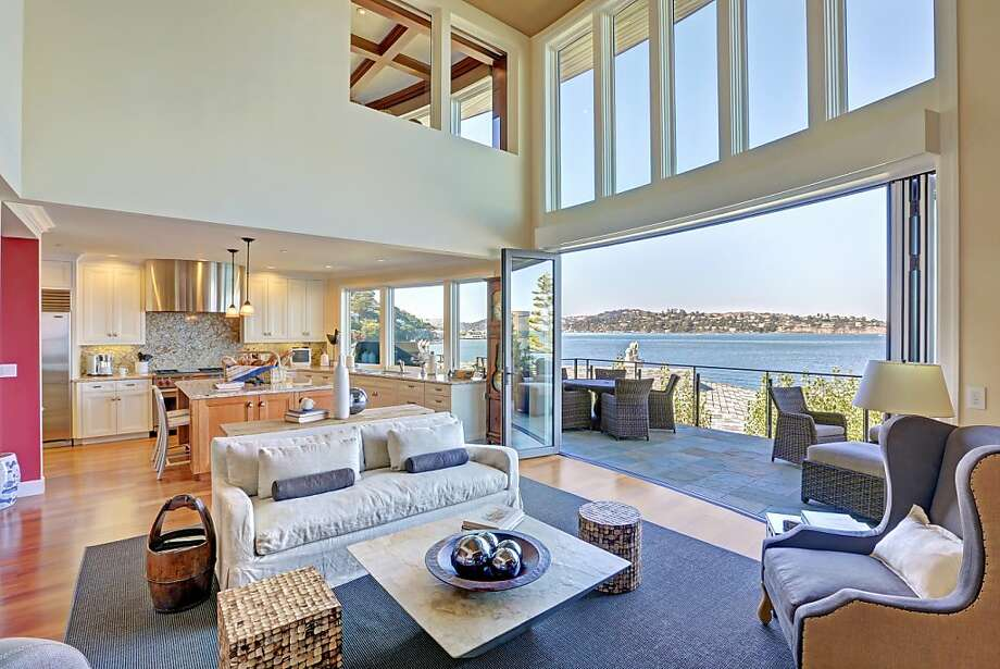 The home has panoramic views of Richardson Bay, Tiburon and parts of San Francisco Photo: Jason Wells Photography