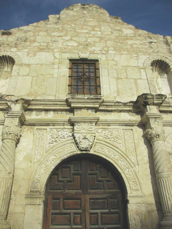 The Alamo Plaza Advisory Committee started meeting this week. The panel has a big job ahead. Photo: Terry Scott Bertling, San Antonio Express-News