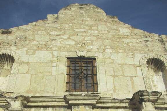 The Alamo Plaza Advisory Committee started meeting this week. The panel has a big job ahead.