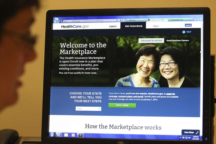 The Centers for Medicare and Medicaid Services didn't provide any numbers on how many navigated the system. Photo: Kin Man Hui / San Antonio Express-News