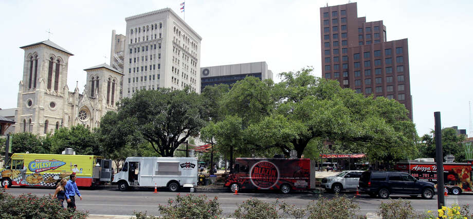 Oct. 29: An evening in Main Plaza - There will be live entertainment and a variety of delicious food options. Call (210) 207-3677 for details. Photo: John Davenport, San Antonio Express-News / John Davenport/San Antonio Expre