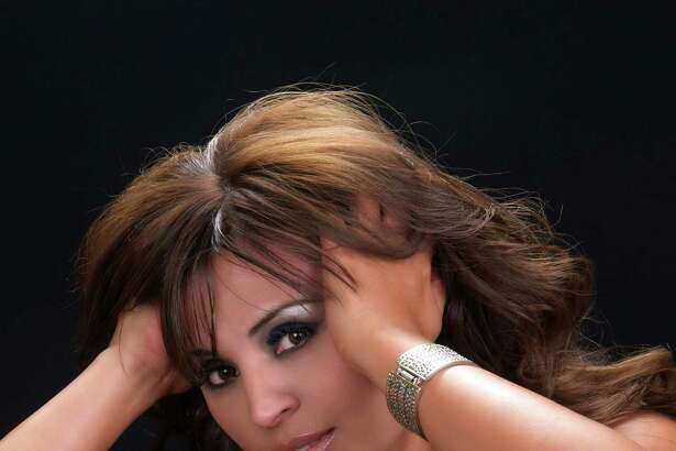 Elida Reyna, Tejano music singer. Courtesy Norma Duré¡n Public Relations.
