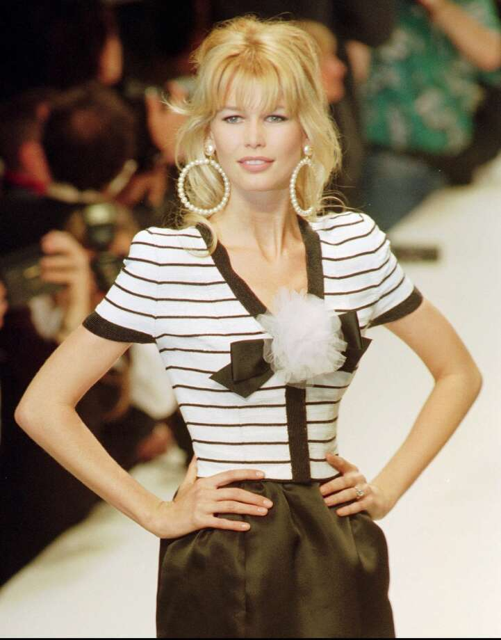 In fashionClaudia Schiffer models Chanel. Photo: REMY DE LA MAUVINIERE, AP