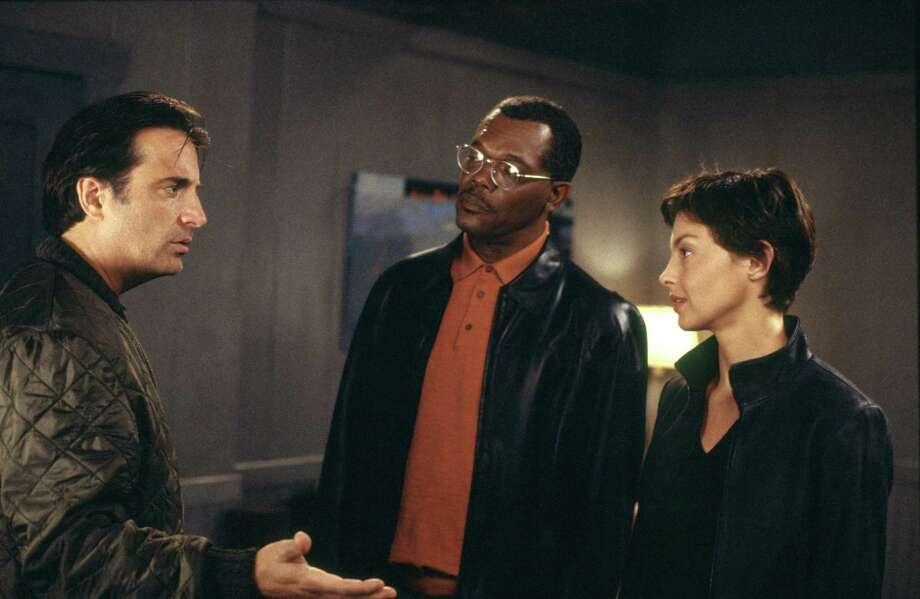 "(L-R:) Andy Garcia, Samuel L. Jackson and Ashley Judd in a scene from ""Twisted."" Photo: PARAMOUNT PICTURES"