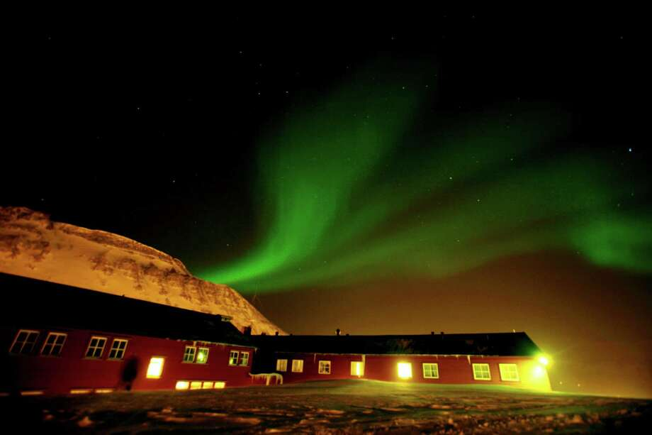Longyearbyen, Norway. Photo: JOHN MCCONNICO, Associated Press / AP2008