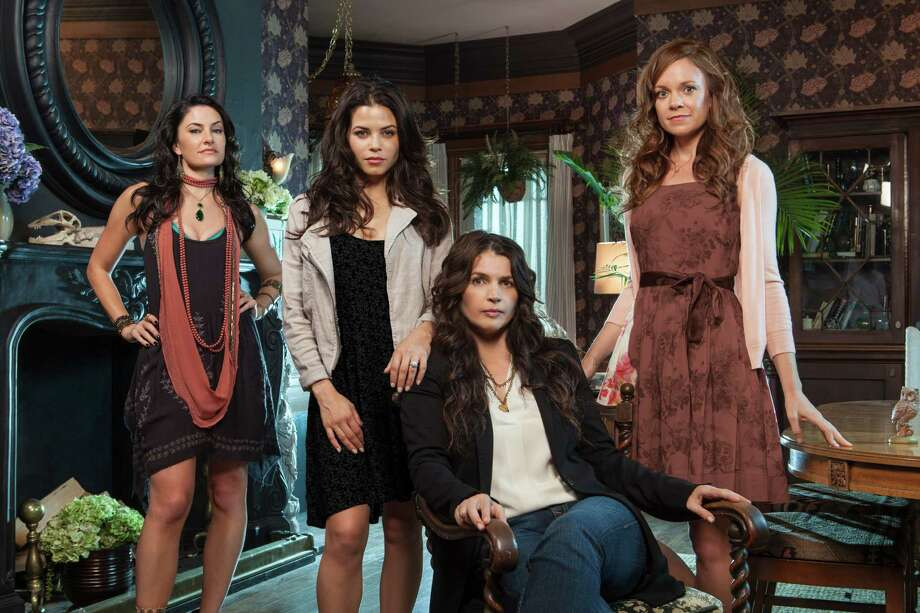 The 10-episode 'Witches of East End' focuses on the Beauchamp family (Mädchen Amick, Jenna Dewan Tatum, Julia Ormond and Rachel Boston) and features a wide variety of fun effects and spooky situations. Photo: Lifetime / San Antonio Express-News