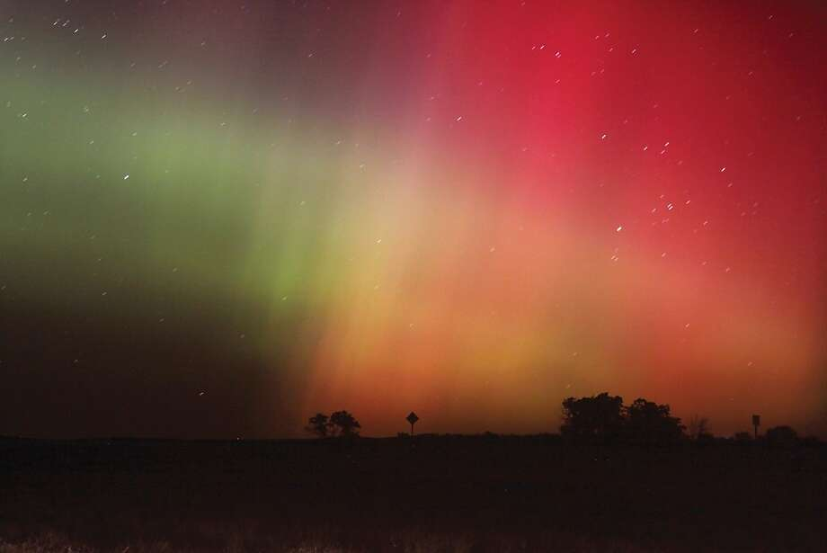 Big Sky, bright lights: The aurora borealis glows north of Havre, Mont. Photo: Lindsay Brown, Associated Press