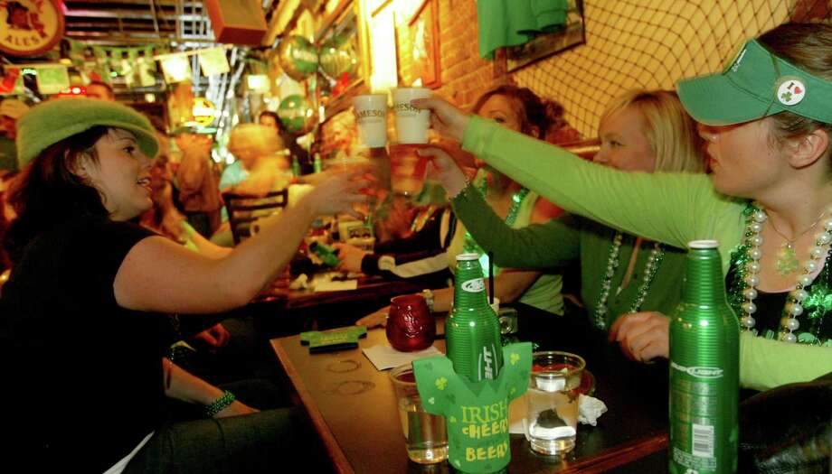 13. Owl N' Thistle: You could come to this Irish Pub only on St. Patrick's Day, but you'd miss their fish and chips, a particularly good deal ($3.50) during happy hour. Photo: Grant M. Haller, Seattle Post-Intelligencer