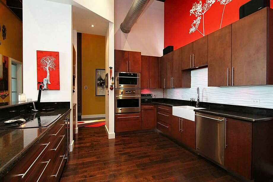 Home price: $1 millionListing agent: Tara WikoffSee the listing here. Photo: HAR