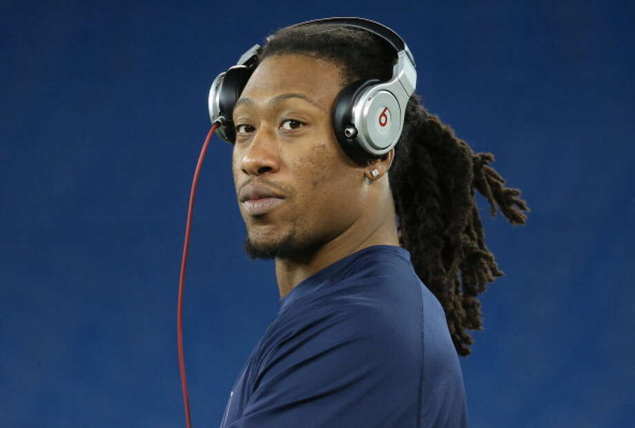 """Seahawks' Bruce Irvin on returning from his PED suspensionLinebacker Bruce Irvin, Seattle's first-round draft pick in 2012, will return this Sunday from his four-game suspension for using performance-enhancing drugs. A blitzing specialist, Irvin will join the Seahawks' already-intimidating squad of pass-rushers that help make Seattle one of the best defensive teams in the league.  On Wednesday, he spoke with local media about his return for the Seahawks' Week 5 game Sunday in Indianapolis. Make your way through the gallery for his complete comments. Let's get started with ...Q: How does it feel to be back?Irvin:""""My smile explains everything. It feels great. It was tough watching these guys for four weeks. But I paid my debt to society; now it's time to get back to work."""" Photo: Tom Szczerbowski, Getty Images / 2012 Tom Szczerbowski"""