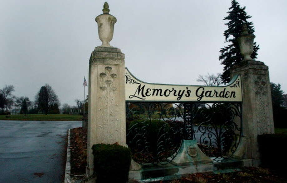 Memory's Garden Cemetery in Colonie lost $182,261 in investments with the failed McGinn Smith firm of Albany, according to federal records. (Michael P. Farrell / Times Union) ORG XMIT: MER2013100311284293 Photo: MICHAEL P. FARRELL / ALBANY TIMES UNION