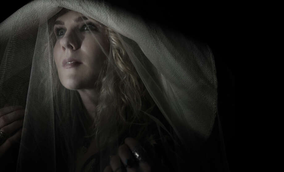 AMERICAN HORROR STORY: COVEN -- Pictured: Lily Rabe as Misty -- CR: Frank Ockenfels/FX