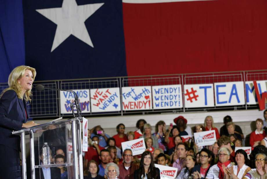 Senator Wendy Davis announces her candidacy for Texas Governor at W.G. Thomas Coliseum in Haltom City, TX, Oct. 3, 2013. Photo: Bob Owen, San Antonio Express-News / ©2013 San Antonio Express-News