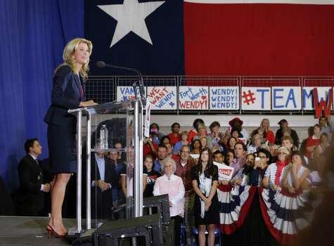 Senator Wendy Davis announces her candidacy for Texas Governor at W.G. Thomas Coliseum in Haltom City, TX, Oct. 3, 2013. Photo: Bob Owen, San Antonio Express-News / ©2013 San Antonio Express-News