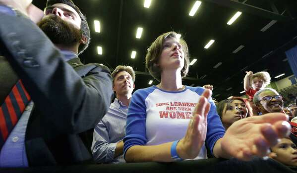 Wendy Davis supporters listen to her speak at a rally Thursday, Oct. 3, 2013, in Haltom City, Texas.  Davis formally announced her campaign to run for Texas governor (AP Photo/LM Otero) Photo: LM Otero, Associated Press / AP