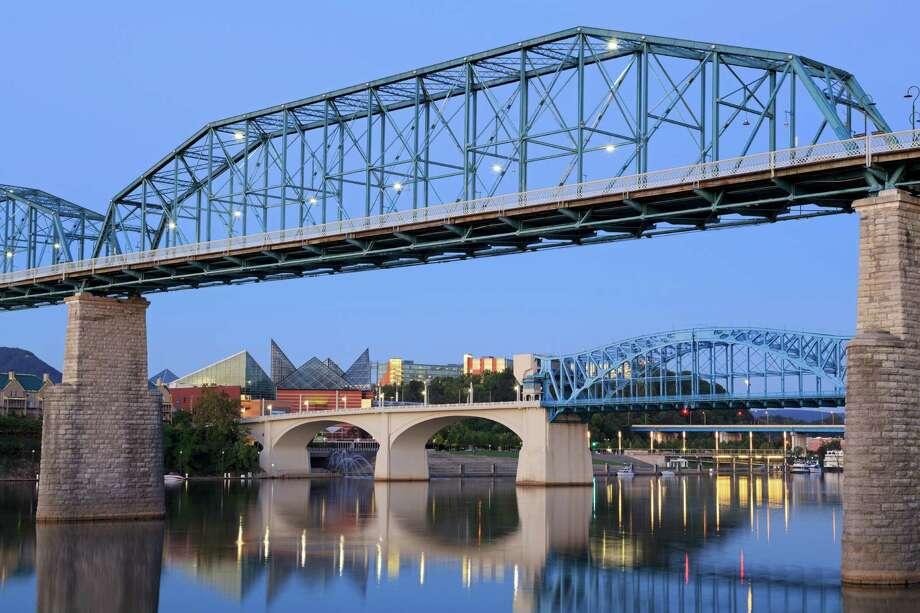 Walnut Street Bridge, Chattanooga, Tennessee Photo: Richard Cummins, Getty Images / Robert Harding World Imagery