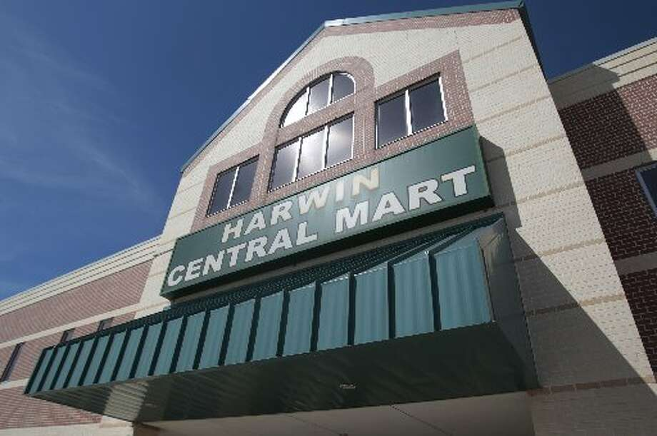 Exterior of Harwin Central Mart mini-mall along Harwin Drive. Photo: Billy Smith II