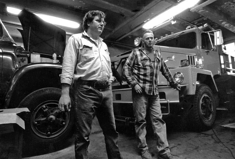 Teamsters Paul Kohloff, left, and John Crawford, both workers in the town's Public Works Department, talk about their unsettled contract on Oct. 7, 1988. Photo: Greenwich Time