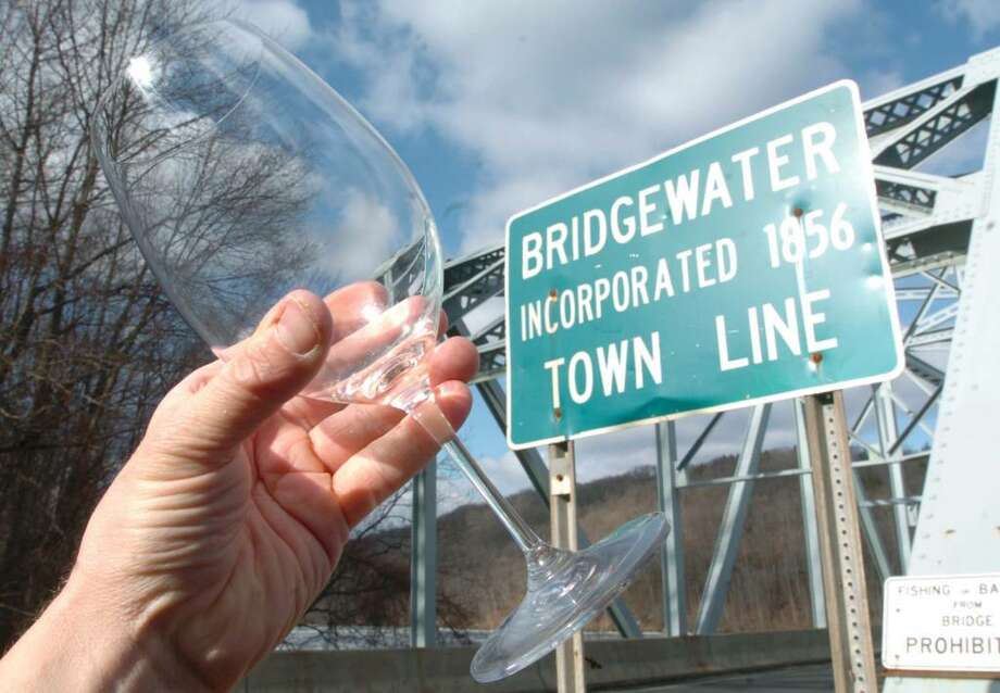 Bridgwater illustraition photographed Wednesday, Jan. 20, 2010. Photo: Chris Ware / The News-Times