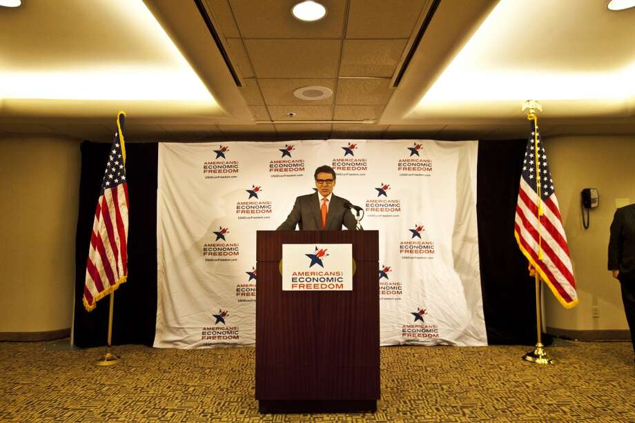 GOP05/06 Texas Governor Rick Perry speaking a press conference Photo: Ted Soqui, Special To The Chronicle