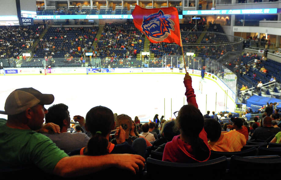 Opening night hockey action between the Bridgeport Sound Tigers and the Wilkes-Barre Scranton Penguins at the Webster Bank Arena in Bridgeport, Conn. on Saturday October 5, 2013. Photo: Christian Abraham / Connecticut Post