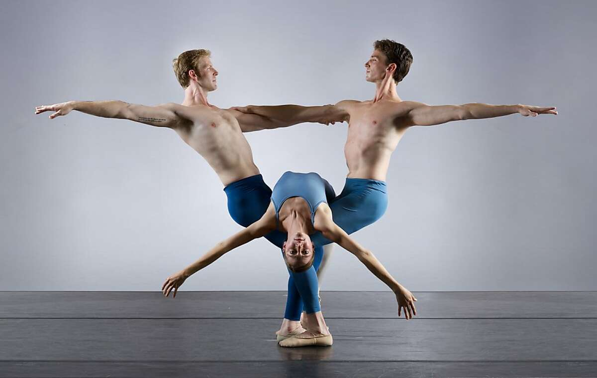 Smuin_Kylian2_KeithSutter: l-r Smuin Ballet dancers Joshua Reynolds, Jane Rehm, and Jonathan Dummar in Jir Kyli n s Return to a Strange Land, part of Smuin's XXtremes Fall Program playing October 4-12 at San Francisco's Palace of Fine Arts. Photo credit: Keith Sutter