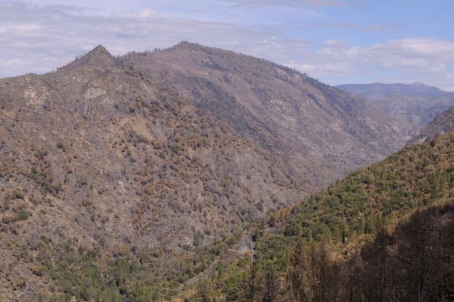 Peering up the Tuolumne Canyon . . . Photo: Tom Stienstra/The Chronicle
