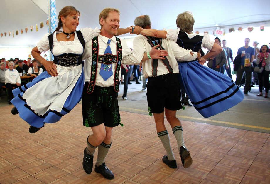 Members of Edelweiss Tanz Gruppe perform. Photo: JOSHUA TRUJILLO, SEATTLEPI.COM / SEATTLEPI.COM