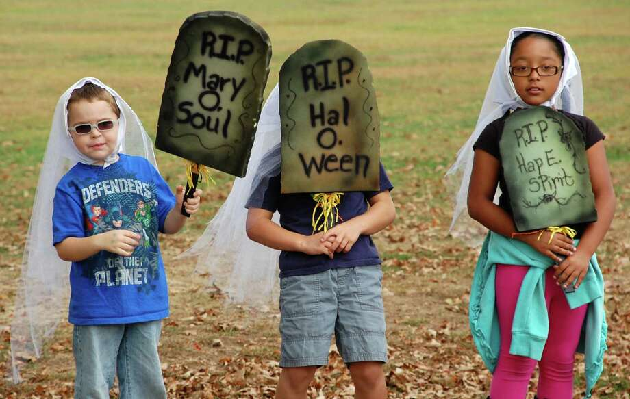 Youngsters at Kidzfest were spooked into taking roles in a seasonal skit Saturday. Photo: Jarret Liotta / Norwalk Citizen contributed