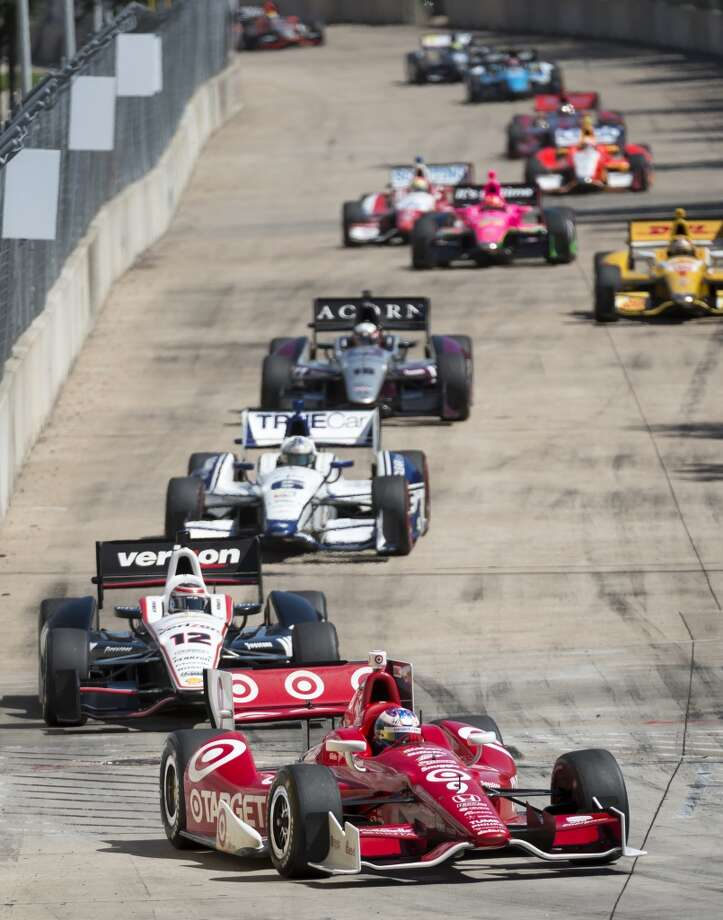 Will Power leads other drivers through a turn during the second race. Photo: Smiley N. Pool, Houston Chronicle
