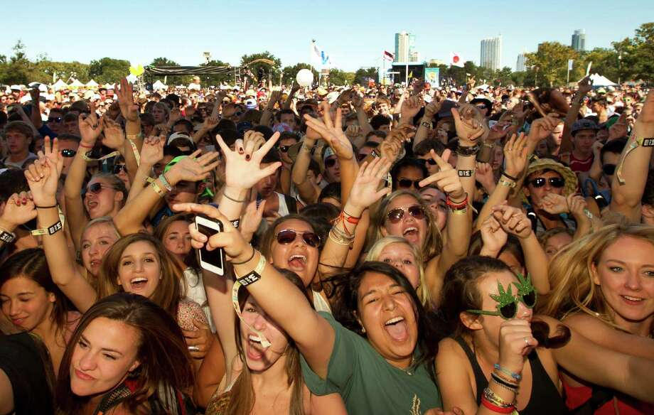 Fans cheer for Paper Diamond at the Austin City Limits Music Festival at Zilker Park in Austin, Texas, on Sunday, Oct. 6, 2013. Photo: Jay Janner, Associated Press / Austin American-Statesman