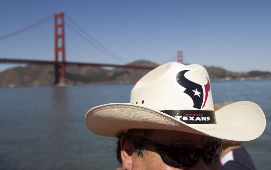 Texans fans gather near the Golden Gate Bridge. Photo: Brett Coomer, Houston Chronicle