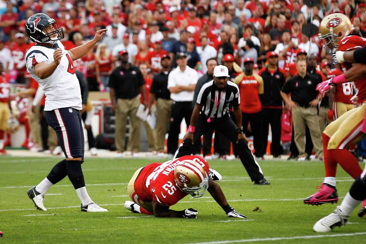 No amount of leaning by Texans kicker Randy Bullock will help his 45-yard field-goal attempt find the range in the first quarter Sunday night.