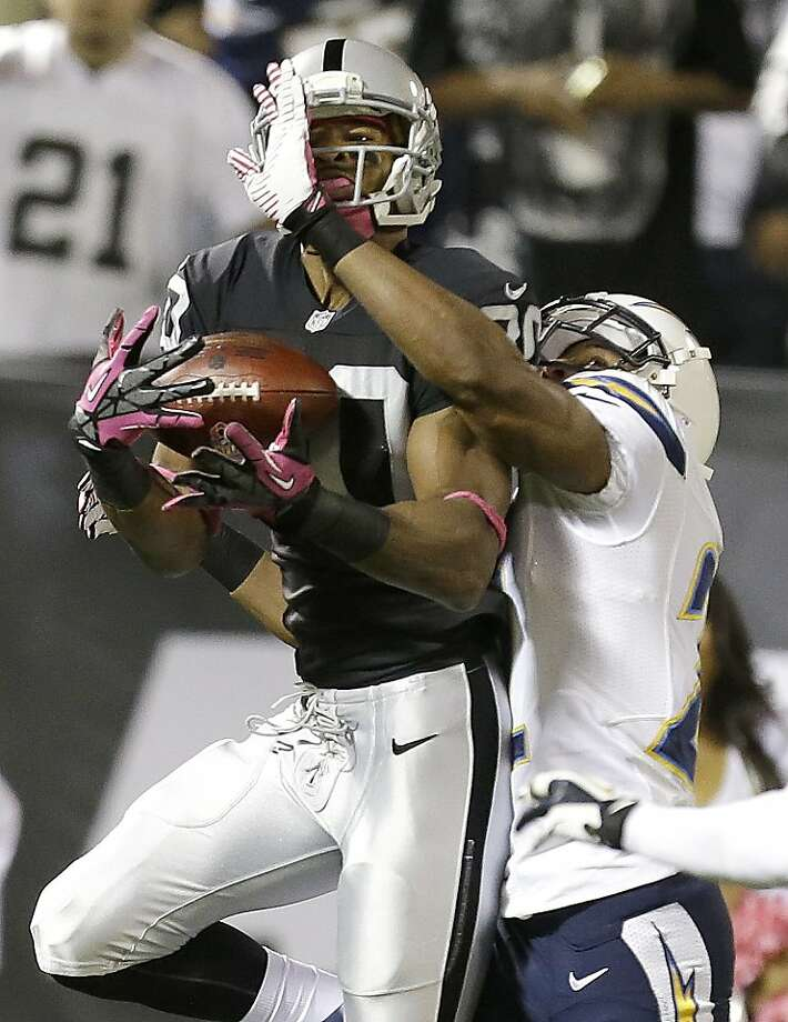 Rod Streater's first-quarter TD catch gets Oakland off and running. Photo: Tony Avelar, Associated Press