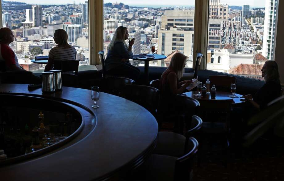 6. TOP OF THE MARK RESTAURANT AND BAR. If you feel like mixing in some cocktails with your scenery, it's hard to beat the Top of the Mark Restaurant and Bar in the InterContinental Mark Hopkins hotel on Nob Hill. Photo: Pete Kiehart, The Chronicle