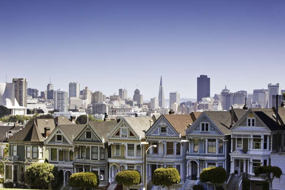 "7. ALAMO SQUARE PARK.  For a classic view of the iconic ""Painted Ladies,"" swing over to Alamo Square Park. Photo: 19255, Getty Images"