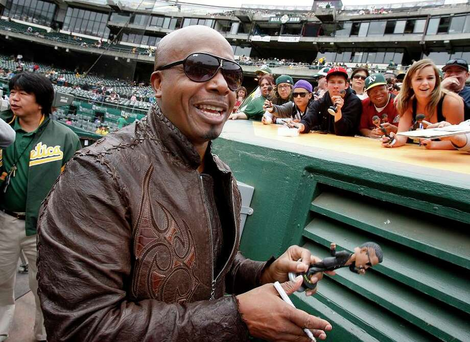 MC HAMMER, rapper, humanitarian: Hammer grew up in Oakland, worked for Charlie Finley and and the A's and now is the pride of Tracy. Proper. Photo: Brant Ward, The Chronicle / SFC