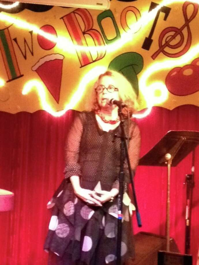 MouseMuse Emcee and founder Ina Chadwick at Two Boots pub program