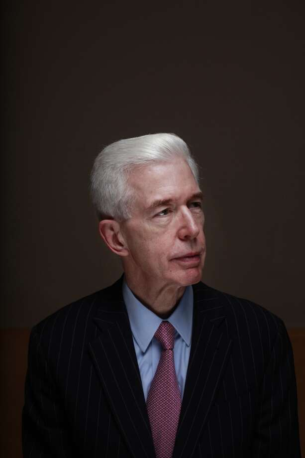 """Gray Davis – The unseated governor   Gray Davis underused his best surrogate in the recall campaign: TV star Cybill Shepherd. They hooked up decades early and Cybill said Gray was 'a great kisser."""" Yes, THAT Gray Davis. CA Recall Flashback: Gray Davis Photo: Mike Kepka, The Chronicle"""