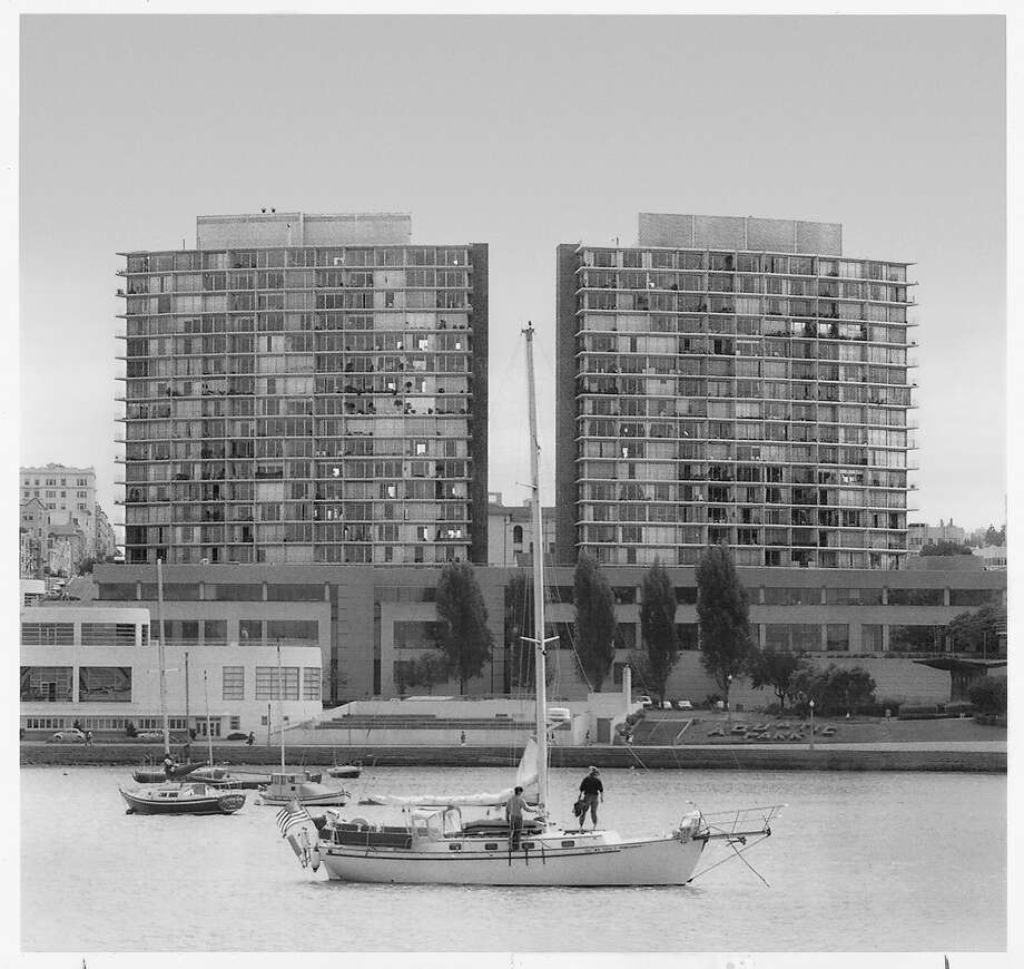 The two towers of the Fontana complex next to Aquatic Park were controversial when built in the 1960's.  Photo was taken 7/16/92. Photo: Chronicle Archive, The Chronicle