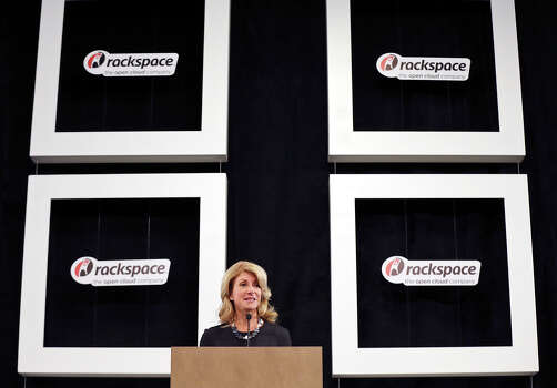 State Senator Wendy Davis, who is running for Texas Governor, speaks during a tour of Rackspace Hosting Inc. Monday Oct. 7, 2013. Photo: Edward A. Ornelas, San Antonio Express-News / © 2012 San Antonio Express-News