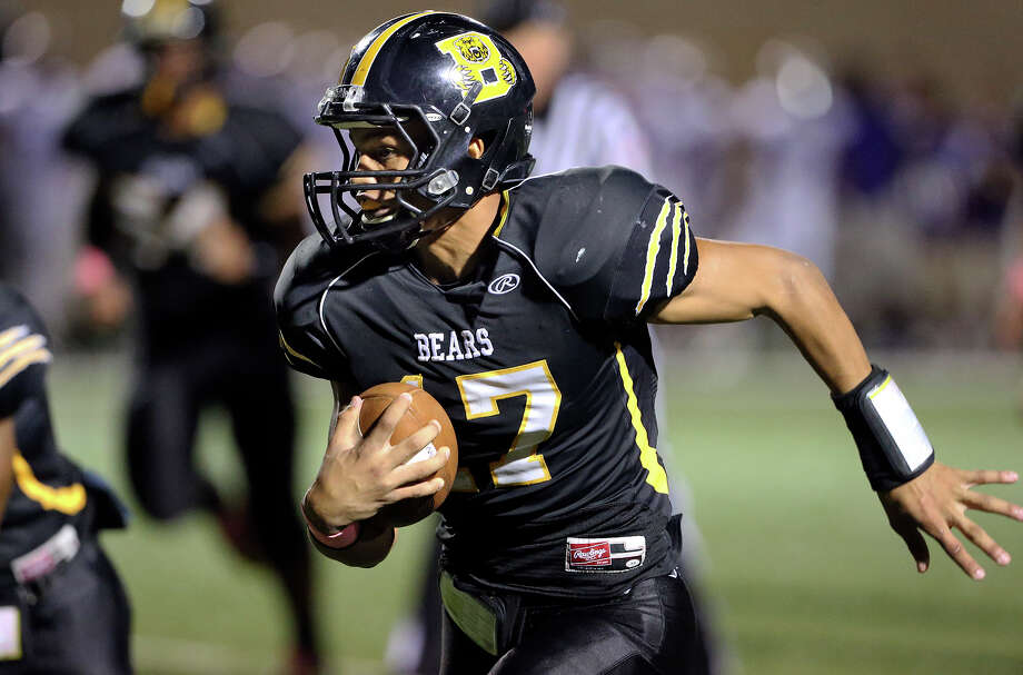 Da'shawn Key romps in the open for the Bears as Brennan hosts Brackenridge at Farris Stadium, Oct. 5, 2013. Photo: For The San Antonio Express-News