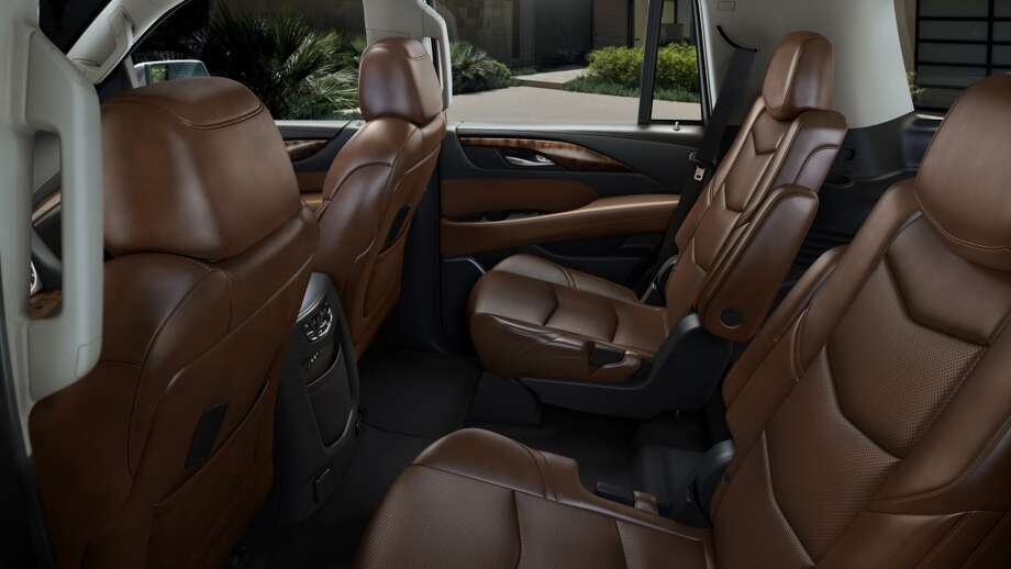 The 2015 Escalade interior features cut-and-sewn and wrapped materials, with wood trim options chosen for elegance and authenticity. Seats were engineered to be more comfortable and sculpted in appearance. The new interior is dramatically quieter, too, thanks to a stronger new body structure, new and enhanced acoustic material, and Bose Active Noise Cancellation technology.