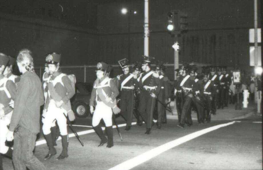 And here's the  W and P chorus rehearsing on Franklin St. What a sight!! Photo: SF Opera Archives
