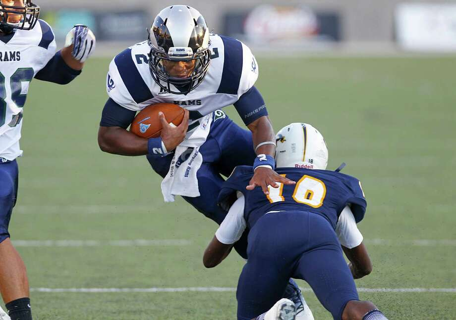 Cy Ridge quarterback Darious Crawley has been tough to bring down this season as the Rams own a share of the District 17-5A lead with a 3-1 league mark. Photo: Diana L. Porter, Freelance / © Diana L. Porter
