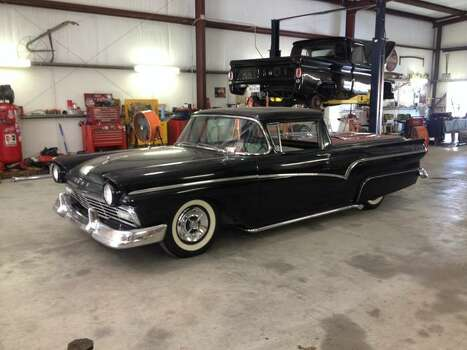 Faded love garage shows its love for older cars houston for Garage auto fab ennery