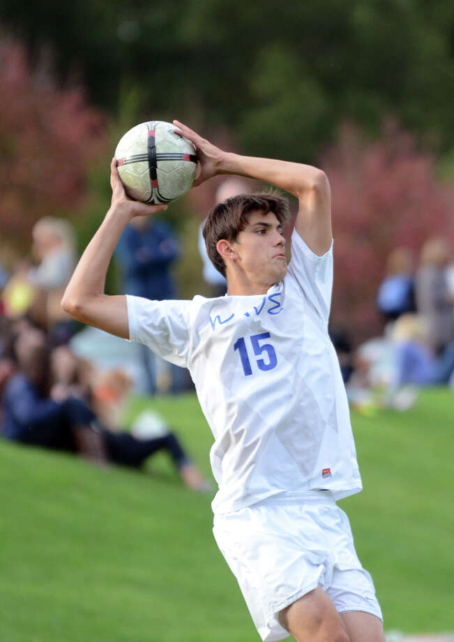 Darien's Andrew Mathew (15) during the boys soccer game against Ridgefield at Darien High School on Tuesday, Oct. 8, 2013. Photo: Amy Mortensen / Connecticut Post Freelance