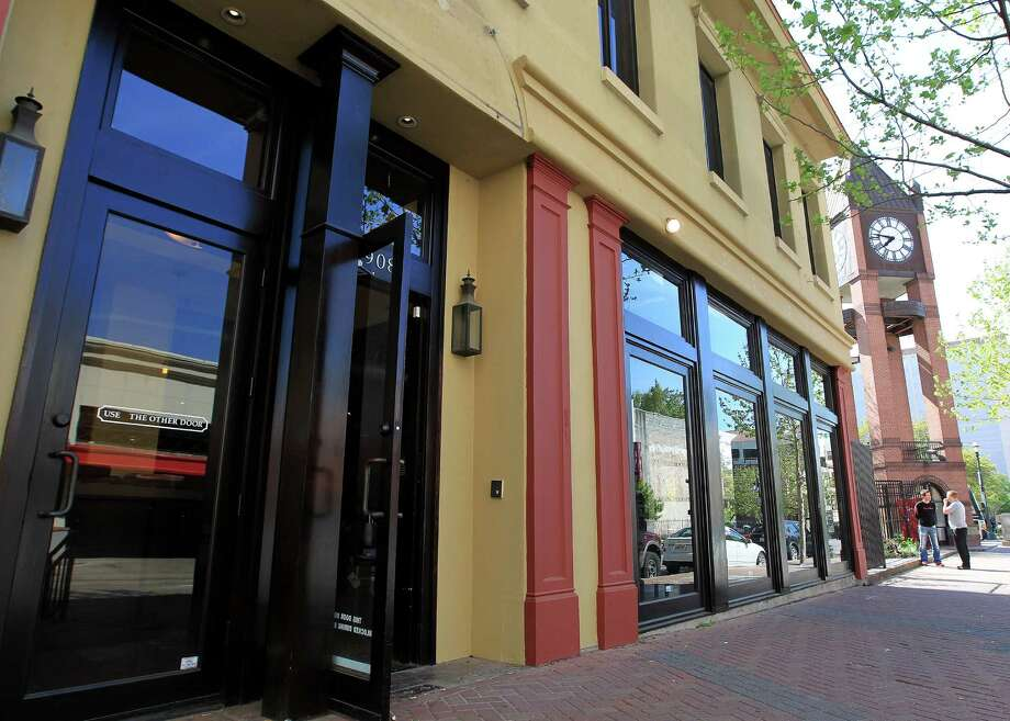 Front of Batanga, a Latin American tapas restaurant at the corner of Travis and Congress, Wednesday, March 27, 2013, in Houston. The restaurant is the work of brothers Brian Fasthoff of Atlanta (who has two popular restaurants there) and his brother, Houston attorney Hank Fasthoff.  ( Karen Warren / Houston Chronicle ) Photo: Karen Warren, Staff / © 2013 Houston Chronicle