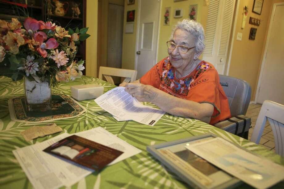 Amelia Wilburn, 89,  keeps the tradition of the calavera alive. In her calaveras, she pokes fun at los poderosos (the powerful). Photo: Helen L. Montoya / Conexión