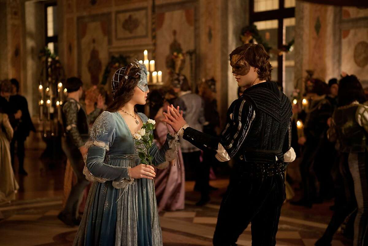 Hailee Steinfeld and Douglas Booth star in ?'ROMEO & JULIET?